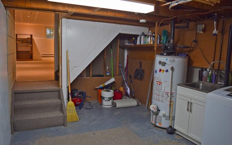 2809 Stillmeadow Rd., 3 Bedrooms Bedrooms, ,2 BathroomsBathrooms,Single Family,For Sale,Stillmeadow,1031